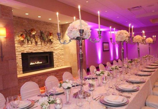 Бруклин-Парк, Миннесота: Ballroom - Details