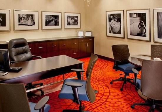 Бруклин-Парк, Миннесота: Event Planning Office