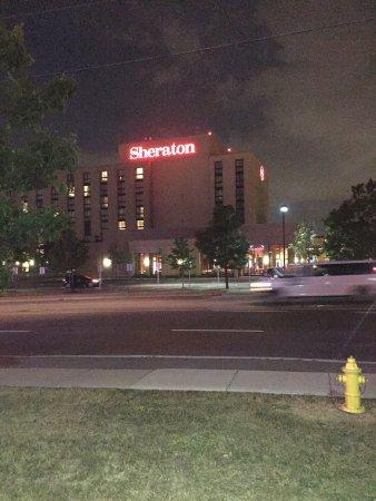 Sheraton Toronto Airport Hotel & Conference Centre: photo0.jpg