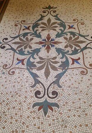 Amado Boutique Hotel: Mosaic on floor of lobby