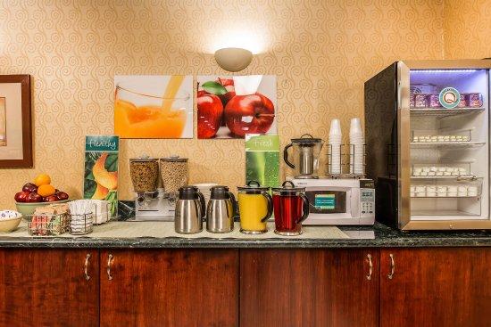 Quality Inn : Breakfast