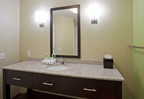 Rogers, MN: Our spacious guest bathrooms include a hairdryer.