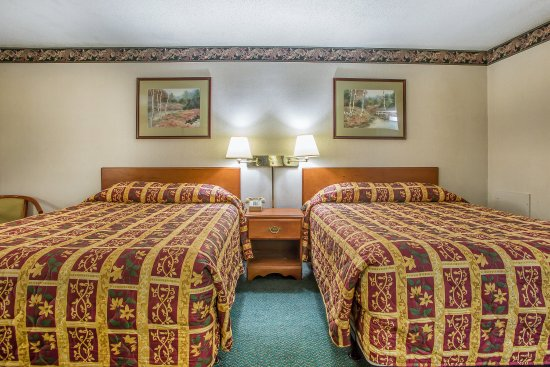Bedford, PA: Guest Room