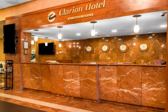 The Clarion Hotel and Conference Center: Lobby
