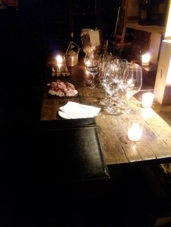 Four Seasons Hotel George V Paris: Wine degustation @La cave