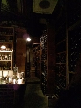 Four Seasons Hotel George V Paris: Wine degustation @La cave