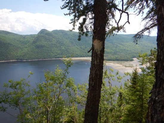 Saguenay, Canadá: Amazing view from the trail