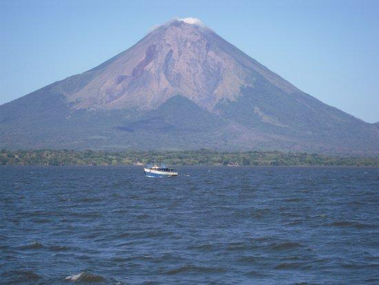 Moyogalpa, Nicaragua: Volcán Concepción y Lancha , Isla de Ometepe