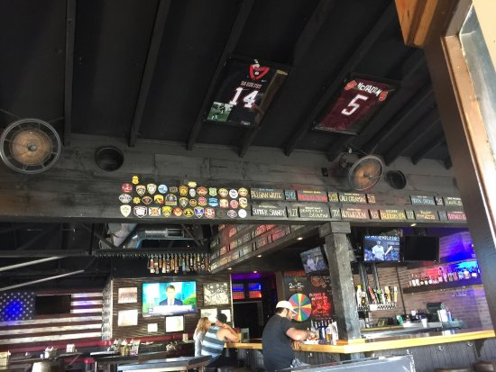 Lakeside, CA: Eastbound Bar & Grille