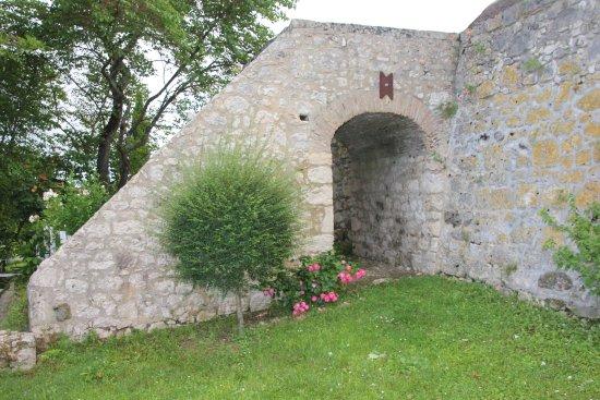 Saint-Nexans صورة فوتوغرافية