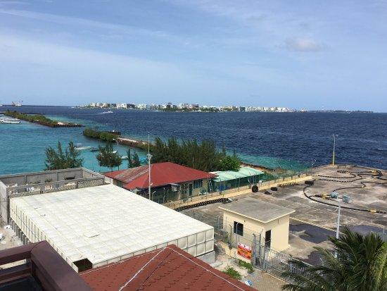 Hulhule Island Hotel: photo2.jpg