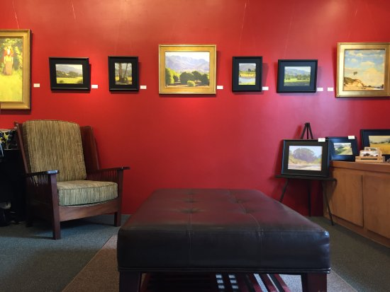 Ojai, CA: Gallery Interior