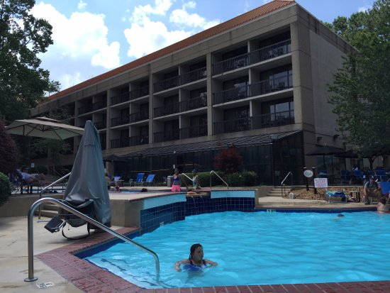 Peachtree City Hotel And Conference Center Pool