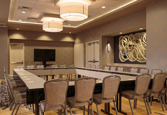 Lansdale, Pensilvanya: Meeting Room - Hollow Square Setup