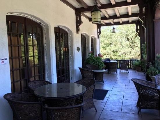 Garberville, Californien: A return to classical country elegance.