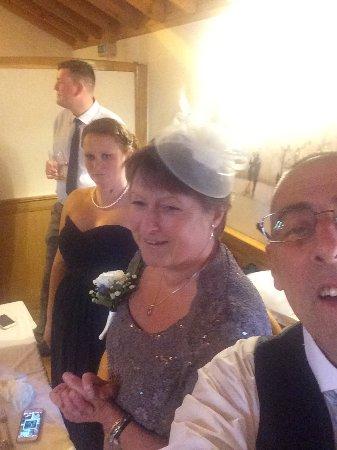 Kirkpatrick Fleming, UK: Daren and roseanne. Leslie 06/07/2016