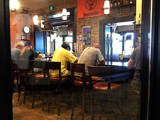 Logan, Юта: Bar Area