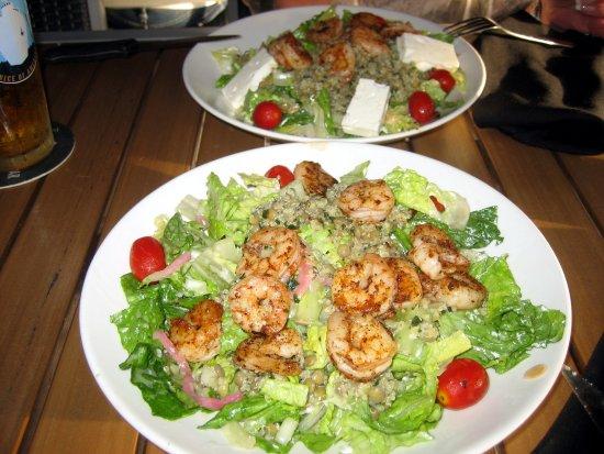 Florida, MA: Quinoa-Salat mit blackened Shrimps