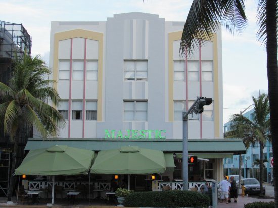 Majestic Hotel South Beach Photo