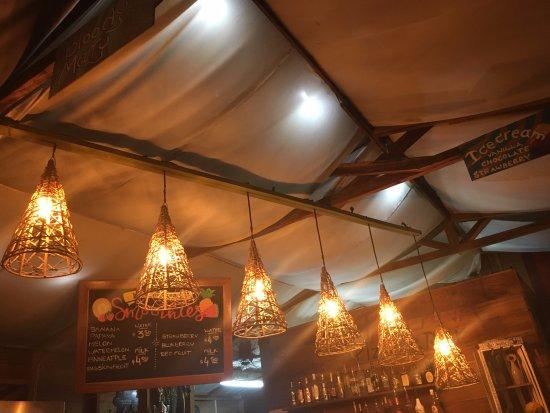 Bar lights fotografa de la italiana pizza bar pueblo de bocas la italiana pizza bar bar lights aloadofball Gallery