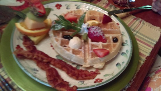 Valle Crucis, Carolina del Norte: Breakfast at Mountainside Lodge Valle Cruis NC