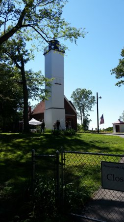 presque isle lighthouse erie pa top tips before you go. Black Bedroom Furniture Sets. Home Design Ideas