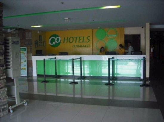 Go Hotels Dumaguete: Réception