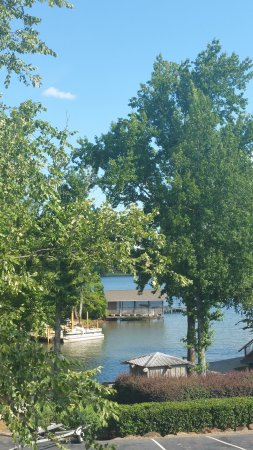 Dadeville, AL: Hotel and Lakeview from balcony.