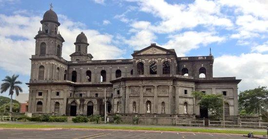 Antigua Catedral de Managua: preciosa joya historica de managua, lastimala falta de cuidado para una mejor visita al lugar, a