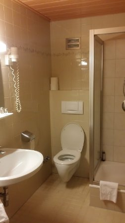 Hotel Gasthof Brunner: Banheiro