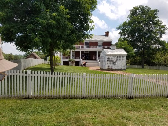 Appomattox, Wirginia: The Civil War ended here.
