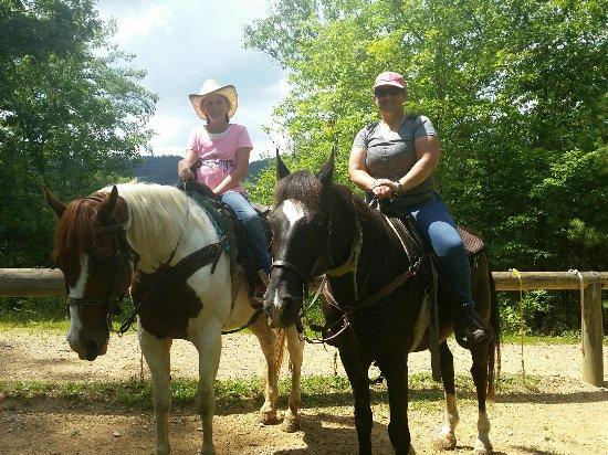 Walden Creek Horseback Riding Stables: 20160708_152859_large.jpg