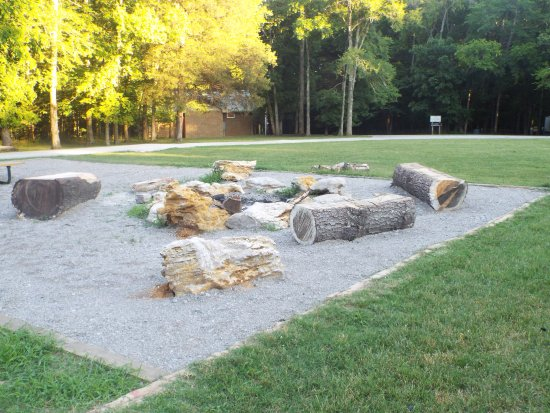Chapel Hill, TN: firepit at the campgrounds