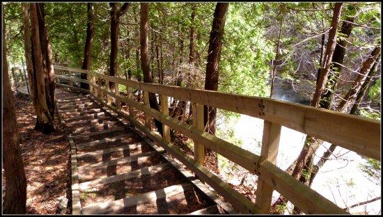 Wendake, Canadá: Superbe chemin