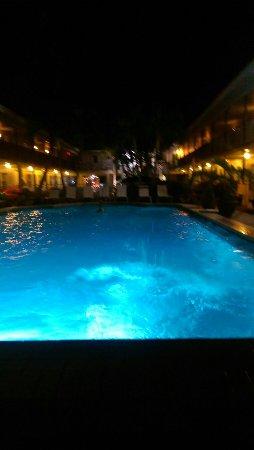 Bon Aire Resort Motel: IMAG3492_large.jpg