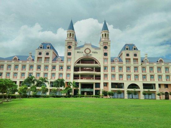 Bella Vista Waterfront Resort & Spa Langkawi: IMG_20160708_133829_large.jpg