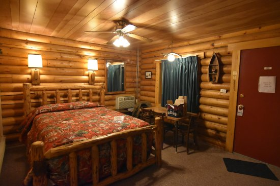 Green Creek Inn And RV Park: Family cabin