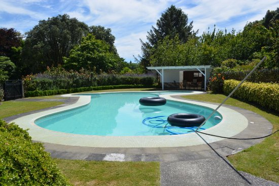 Ashley Park : Swimming pool