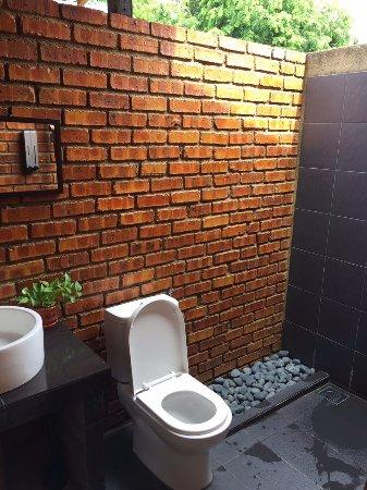 Masjid Tanah, Малайзия: Open air bathroom