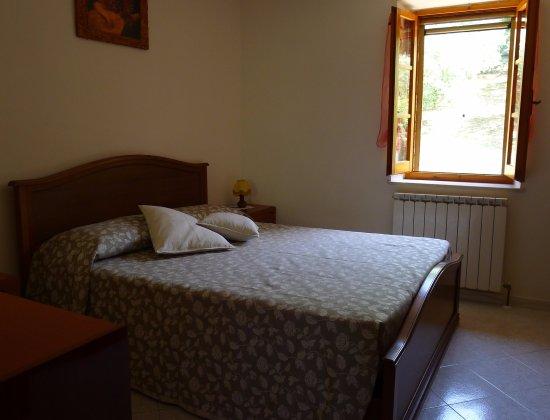 Valfabbrica, Italien: Double bedroom