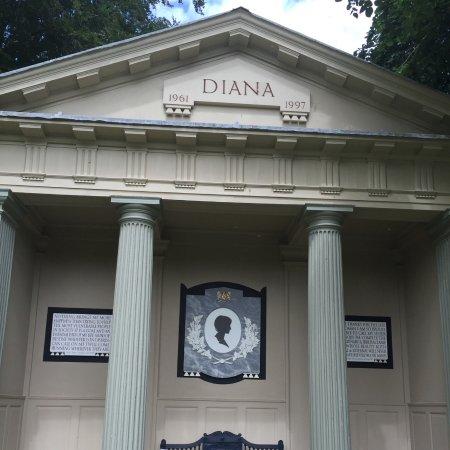 Althorp House Princess Diana S Memorial