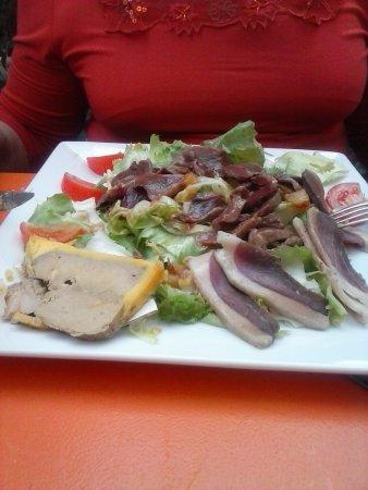 Marssac-sur-Tarn, Francia: salade perigourdine