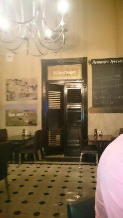 Hennessy's Irish Pub: DSC_0063_large.jpg