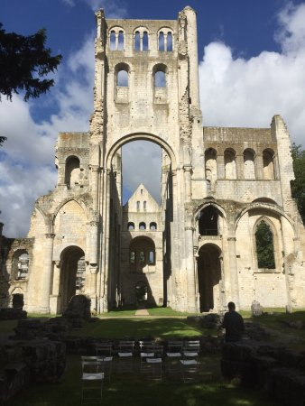 Jumieges