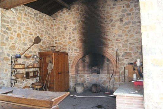 Montgaillard, Frankreich: four à pain