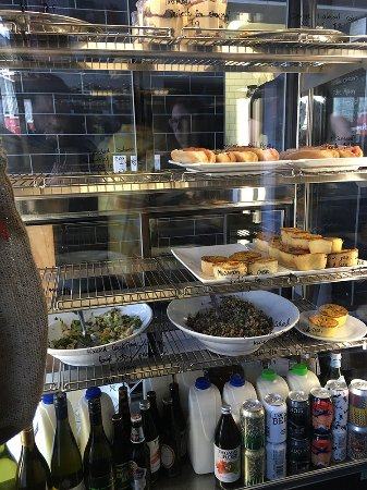 Aro Cafe: Interior