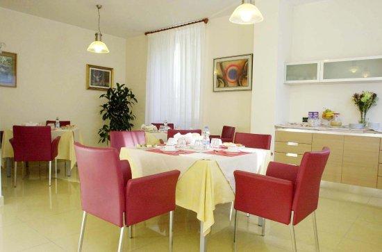 Villa Xenia: Sala colazioni