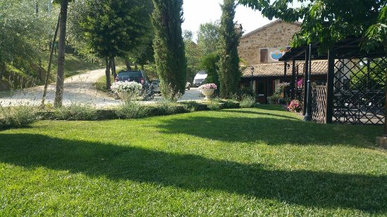 Cantalupo, Italien: IMG-20160708-WA0012_large.jpg