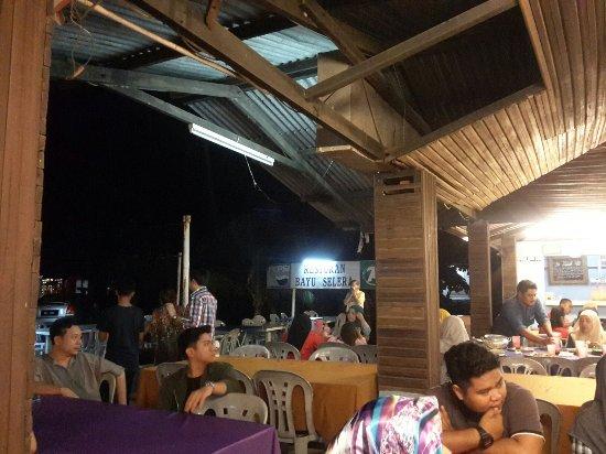 Masjid Tanah, Малайзия: Restoran Bayu Selera