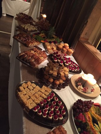 Wrotham, UK: Sweet buffet